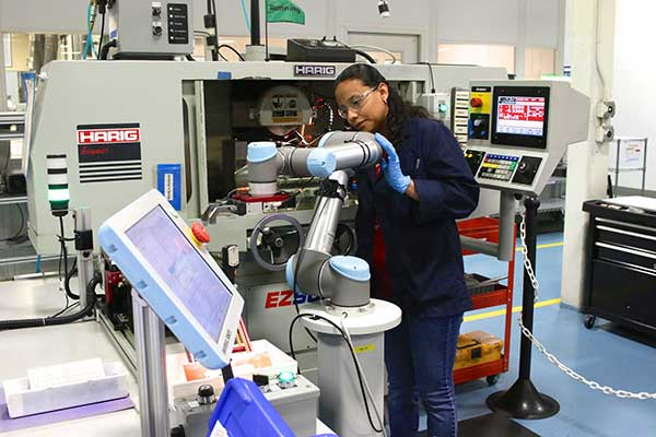 double-its-production-output-with-collaborative-robots-while-promoting-employees-to-more-value-added-tasks