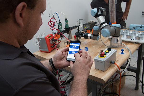 Tracking-your-cobots-performance