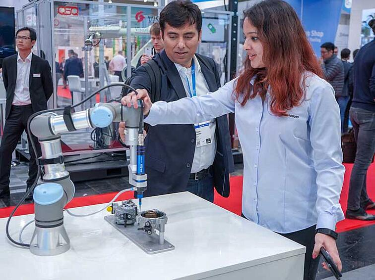 hands-on-demos-at-hannover-messe