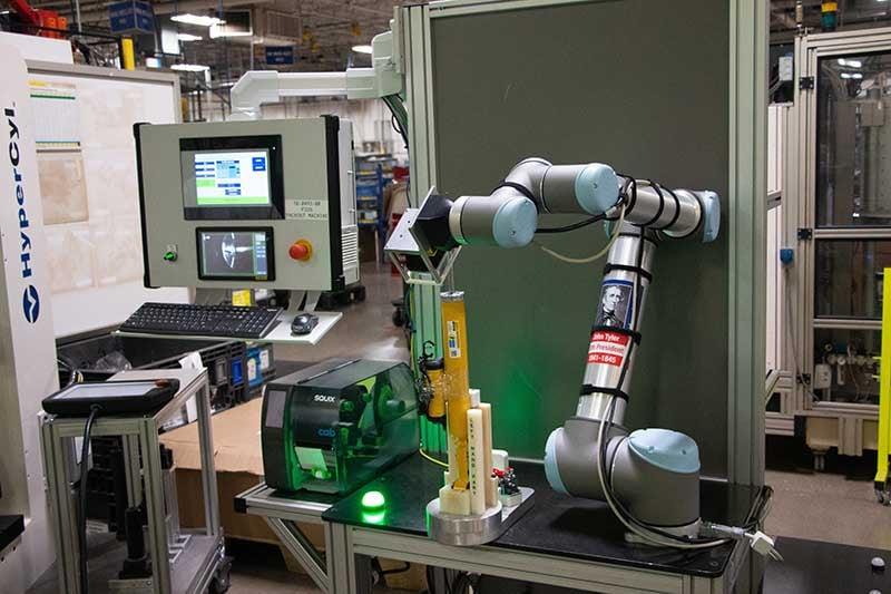 A-UR10-cobot-performs-inspection-duties