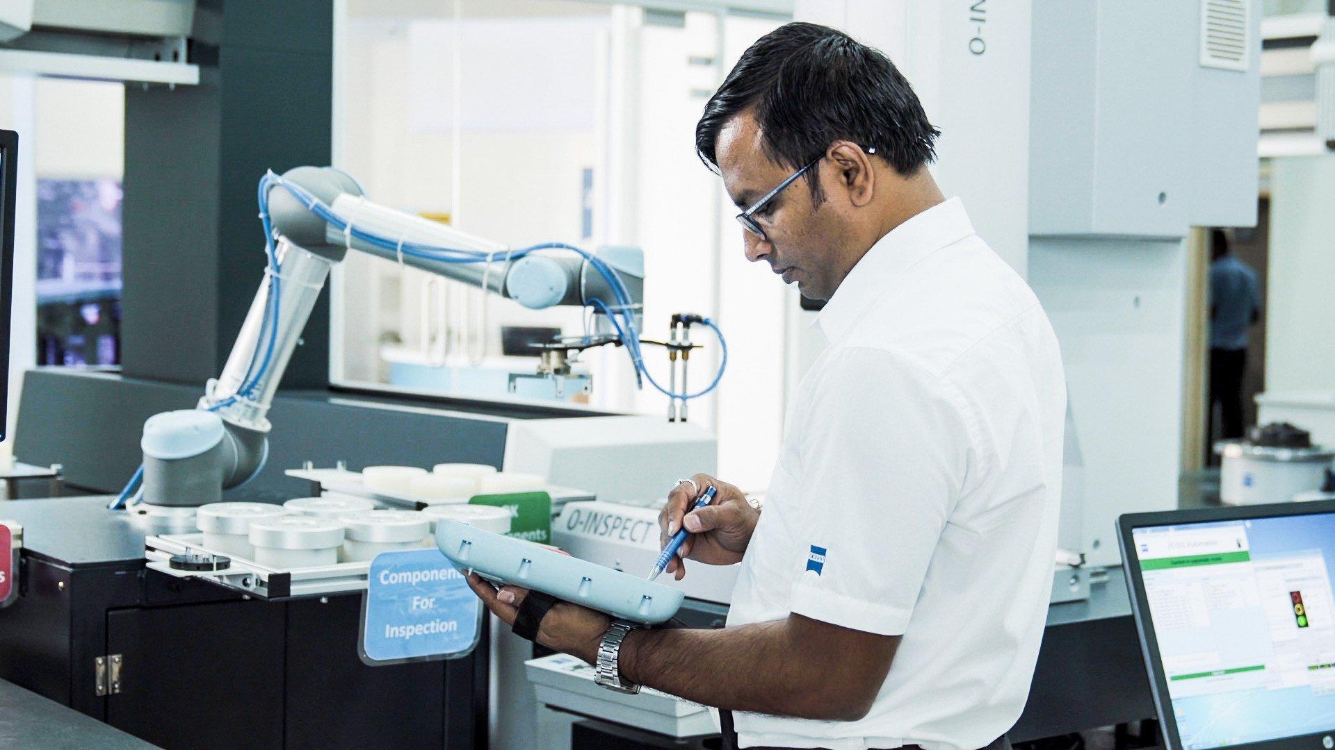 Using UR5 at Carl Zeiss India Metrology Tech Centre, Bangalore