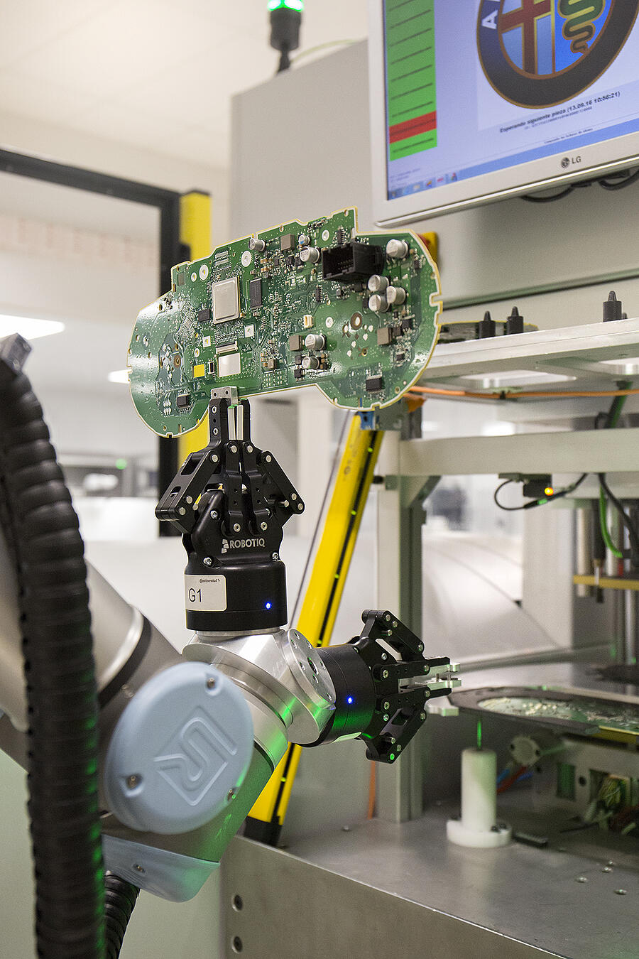 UNIVERSAL ROBOTS Continental Spain