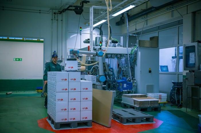 Robot automation - collaborative robot.jpg