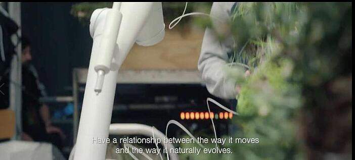 Robots-used-for-time-laps-video---robot-technology.jpg