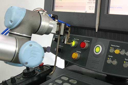 The-UR5-robot-at-RSS-Manufacturing.jpg