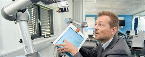 Esben Østergaard And The Ur Robot