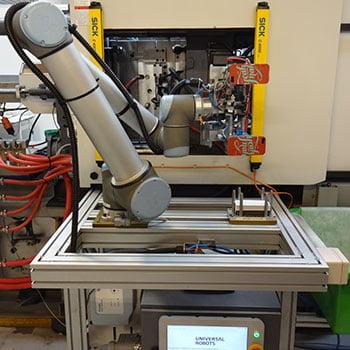 Ur5 Automates Injection Molding Task At Talbot Technologies