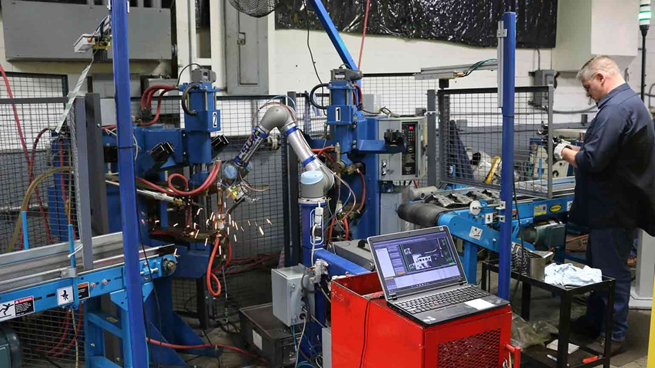installing-the-ur5-cobot-to-tend-the-resistive-welders