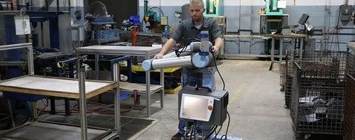 scott-fetzer-case-robotics-universal-robots