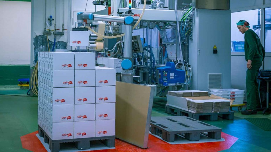 ur10_palletizing_food-industry_collaborative_robots