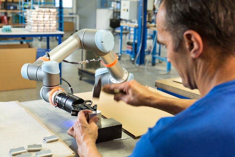 Collaborative robots automation