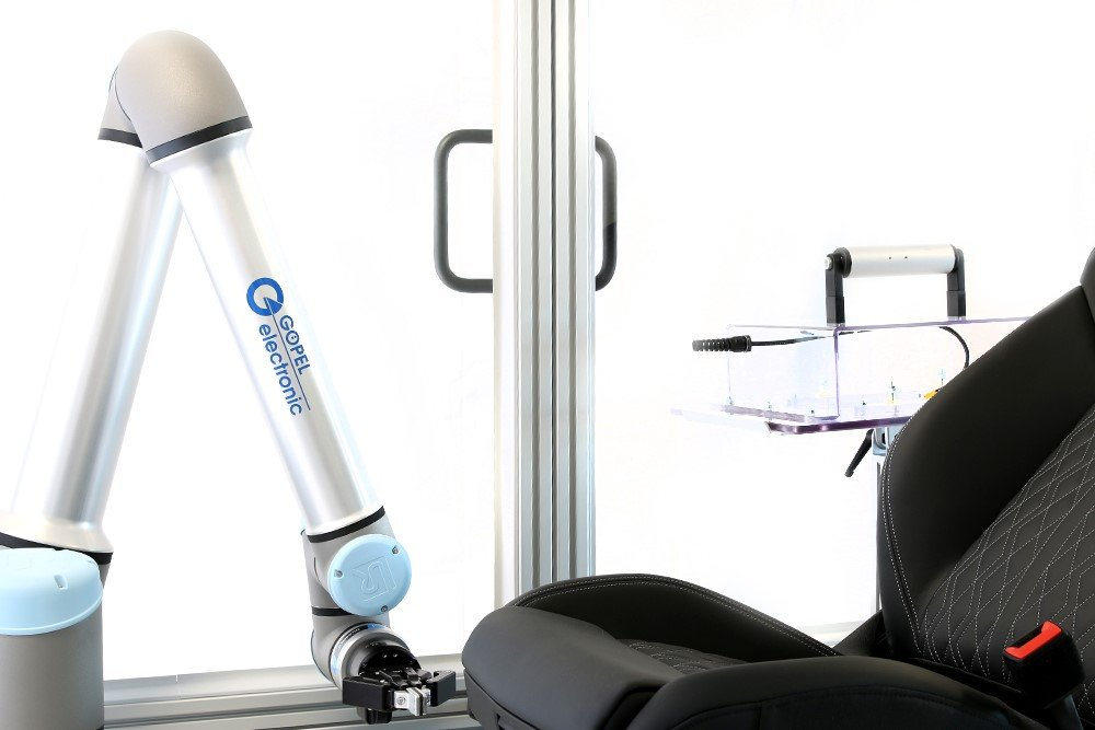 UR10e Cobot Powers New Quality Assurance Solution for Car Seats