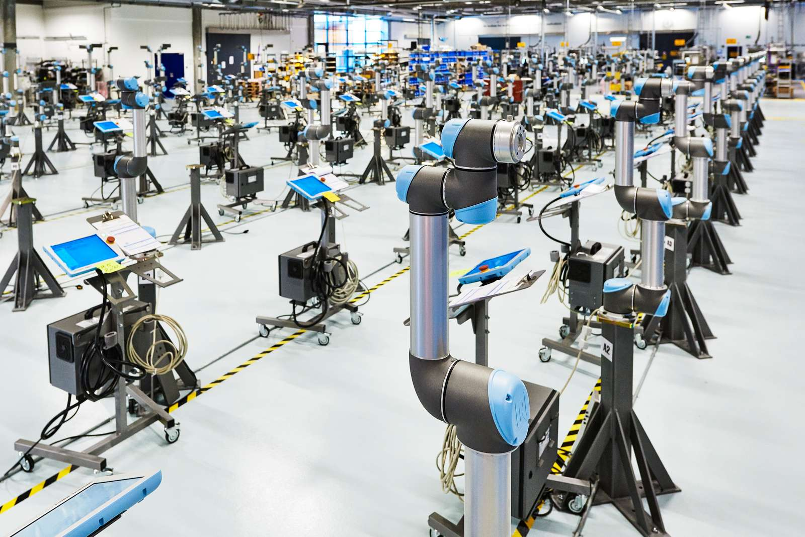 cobots-robots-industriels-difference-definition