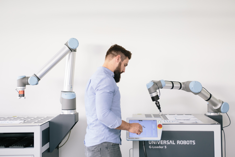 Universal_Robots_010