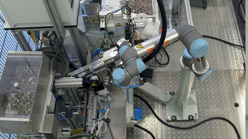 collaborative-robot-at-ferdinand-wagner-matal-and-machining-industry